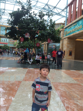 Resort World 0804